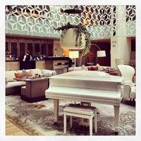 Photo taken at Hotel Mandarin Oriental by Enric A. on 7/11/2013