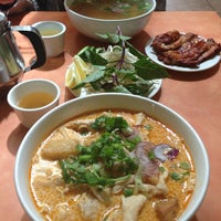 Photo taken at Phở Phú Quốc Vietnamese by Steffie Pardo H. on 4/11/2013