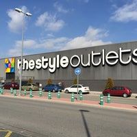 Photo taken at The Style Outlets by Daniel T. on 2/13/2015