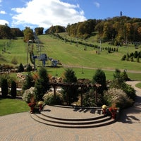 Photo taken at Bear Creek Mountain Resort and Conference Center by Matt N. on 10/16/2012