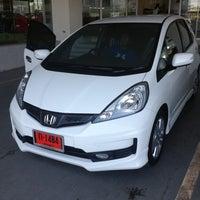 Photo taken at Honda Sakhon Nakorn by Piyanan P. on 1/23/2013