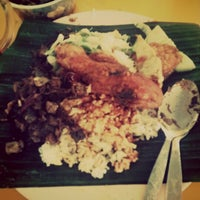 Photo taken at Mat Corner Nasi Ambang by ©u¶¢∆Ke$ . on 1/6/2013