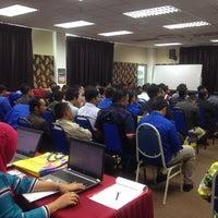Photo taken at Pejabat Pendaftaran UTHM by jeeha f. on 12/15/2015