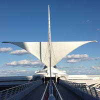 Photo taken at Milwaukee Art Museum by Erin R. on 9/24/2012