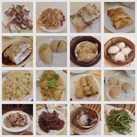 Photo taken at De Fu Seafood Restaurant 德福點心皇 by Pat N. on 7/27/2014