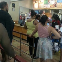 Photo taken at Wendy's by Darius H. on 7/17/2013