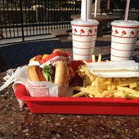 Photo taken at In-N-Out Burger by Deidre B. on 1/2/2013