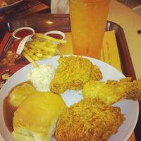 Photo taken at KFC by Mohd Azman M. on 1/18/2014