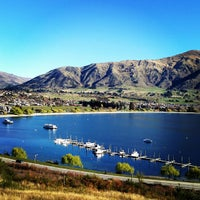 Photo taken at Lake Wanaka by lynxeyed on 8/31/2013