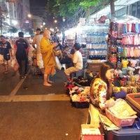 Photo taken at Sampheng by Qu s. on 12/1/2012