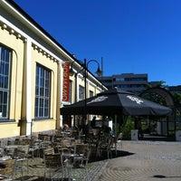 Photo taken at Kulttuuritehdas Korjaamo by Miki H. on 6/18/2013