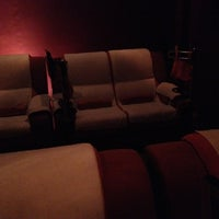 Photo taken at Chinese Dragon Reflexology by Frédéric F. on 11/25/2012
