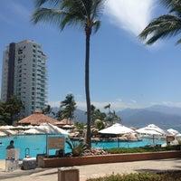 Photo taken at CasaMagna Marriott Puerto Vallarta Resort & Spa by 🌙Arturo P. on 4/7/2013