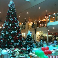 Photo taken at Center Um Shopping by Bruno F. on 12/7/2012
