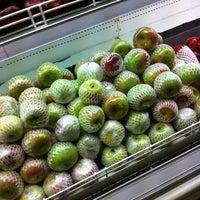 Photo taken at Cherry Fresh Fruit Market by Annisa F. on 11/27/2014