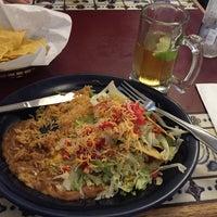 Photo taken at La Hacienda Mexican Restaurant by Hugo Leonardo C. on 8/28/2015