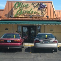 Photo taken at Olive Garden by Brian N. on 4/26/2013