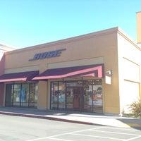 Photo taken at Bose by Kurtis Lee H. on 2/15/2013
