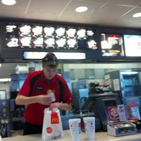 Photo taken at McDonald's by ♦💣💥Gannon💥💣♦ on 11/10/2012