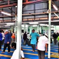 Photo taken at Masjid Kompleks Pertanian Serdang by amir x. on 5/16/2014