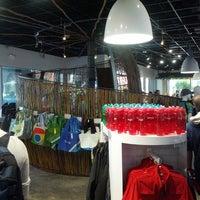 Photo taken at Google Store by arkatPDA B. on 5/14/2013