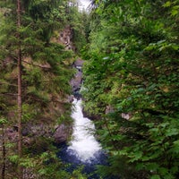 Photo taken at Twin Falls Trail by Christoph on 8/2/2016