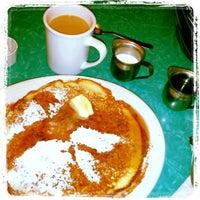 Photo taken at Moon's Kitchen Cafe by Allen W. on 2/15/2014