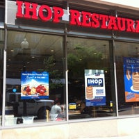 Photo taken at IHOP by Beppe B. on 4/22/2013