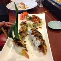 Photo taken at Sushi En by Wendy F. on 10/13/2012