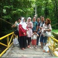 Photo taken at Air Terjun Moramo - Kawasan Suaka Alam Tanjung Peropa by Luna D. on 3/7/2013