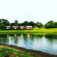 Photo taken at Caliraya Recreation Center & Resort by Jay E Z. on 7/10/2016