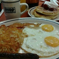 Photo taken at IHOP by Marizol B. on 10/27/2012