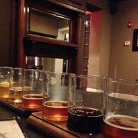 Photo prise au Obed & Isaac's Microbrewery and Eatery par Jeremy T. le1/27/2013