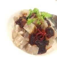 Photo taken at PUTIEN Restaurant 莆田菜馆 by Joanna T. on 10/3/2016