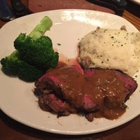 Photo taken at Outback Steakhouse by David W. on 6/4/2016