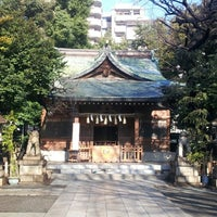 Photo taken at 大塚天祖神社 by satoshi on 2/13/2013