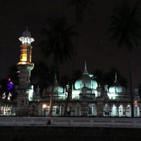 Photo taken at Masjid Jamek Kuala Lumpur by Taufik N. Alamsyah on 9/15/2012