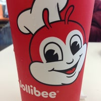 Photo taken at Jollibee by Lear C. on 4/24/2013