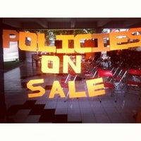 Photo taken at Fakultas Ekonomika dan Bisnis by Aditya S. on 9/23/2013