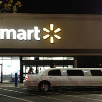 Photo taken at Walmart by Magdalena R. on 3/29/2013