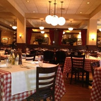 Photo taken at Maggiano's Little Italy by Paulo W. on 3/27/2013