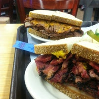Photo taken at Katz's Delicatessen by Bernhard Y. on 7/28/2013