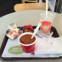 Photo taken at Wendy's by Javier V. on 8/8/2013