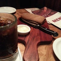 Photo taken at Outback Steakhouse by Gustavo O. on 11/5/2012