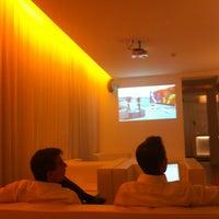 the pure hotel in frankfurt am main. Black Bedroom Furniture Sets. Home Design Ideas
