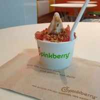 Photo taken at Pinkberry by Melissah B. on 1/10/2013