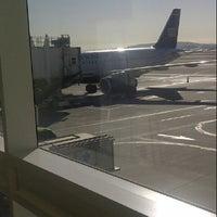 Photo taken at ONT Terminal 4 by Reginald   💖  🌼  🐝 on 11/20/2012