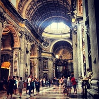 Photo taken at St. Peter's Basilica by Helena S. on 7/25/2013