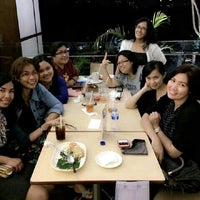 Photo taken at Eaton Bakery & Restaurant by Ratih P. on 8/22/2014