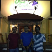 Photo taken at Olive Garden by Harshen P. on 5/23/2013